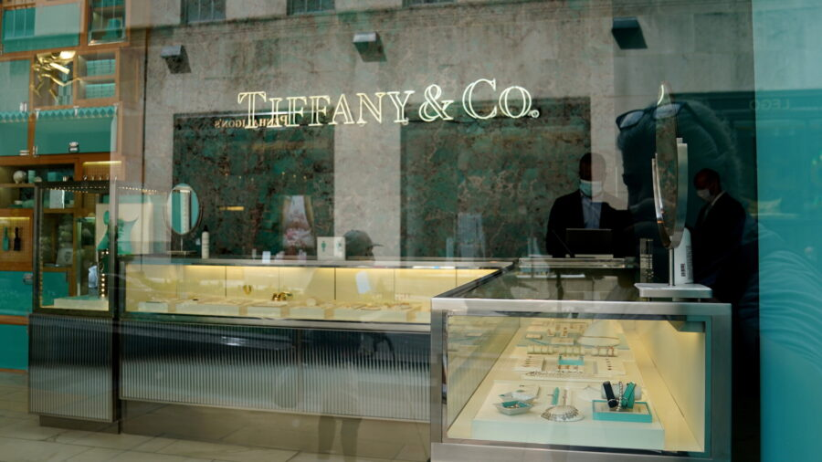 Tiffany, Costco Settle 8-year Lawsuit Over Fake 'Tiffany' Rings