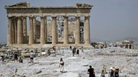 Tourists Trickle Back to Greece