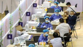 Chinese Residents Face Ban on Work or Salary Without Vaccination