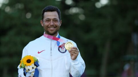 Xander Schauffele With 2 Clutch Putts Gives US Gold in Golf