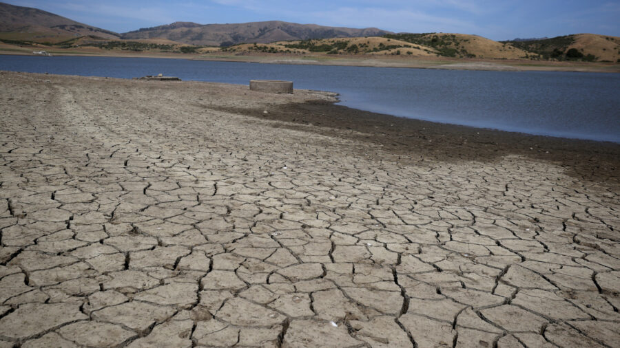 Unequal Water Distribution Amid Drought