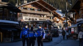 Switzerland Police Threaten to Stop Enforcing COVID-19 Restrictions