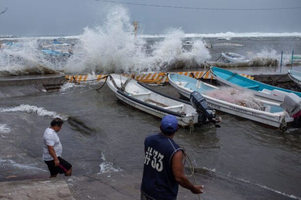 fishermen-remove-boats