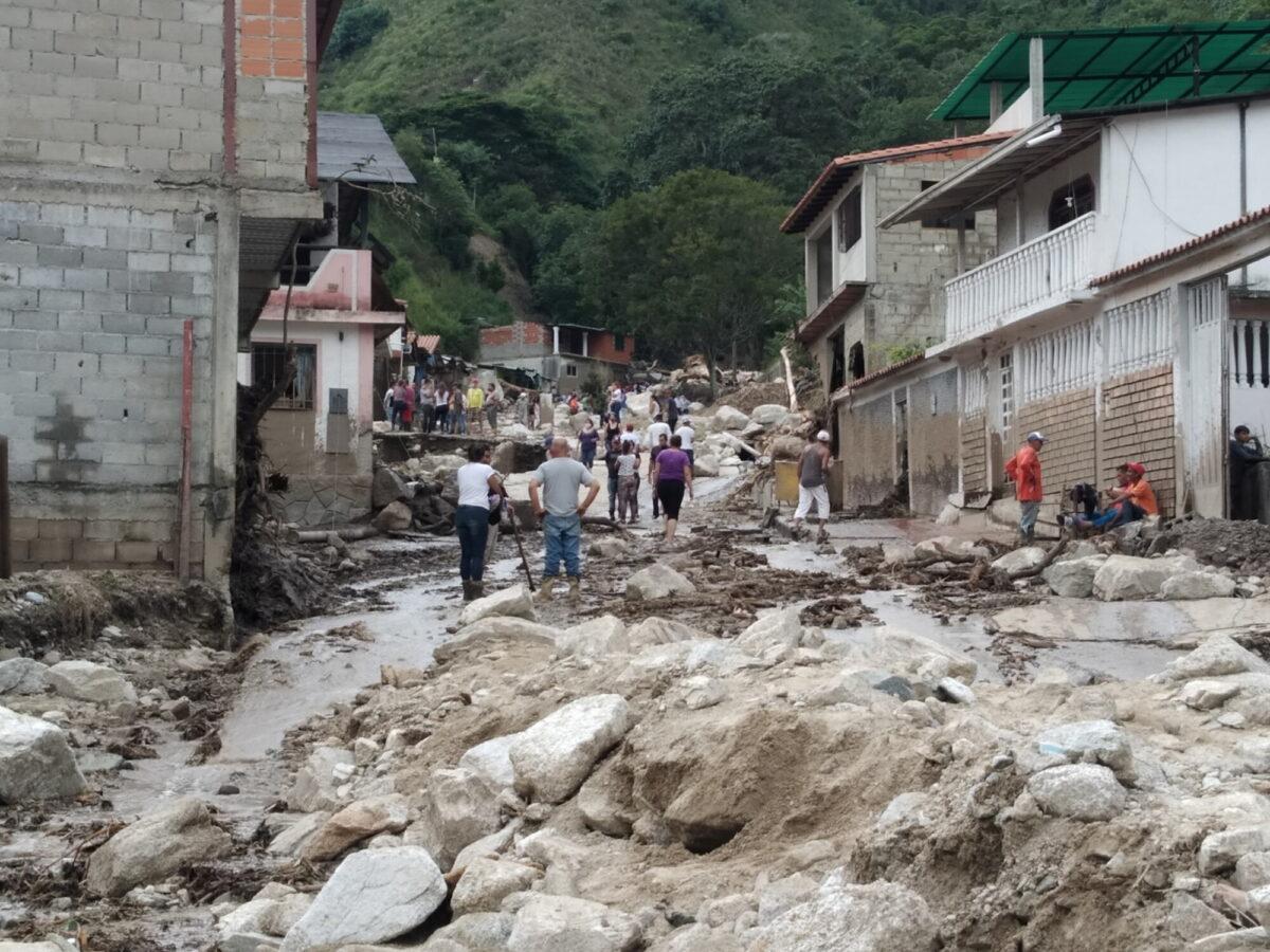 flood-hits-venezuela