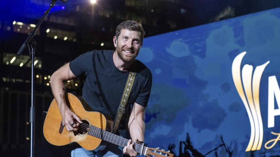 Country Singer Brett Eldredge Encounters Bear in Garage