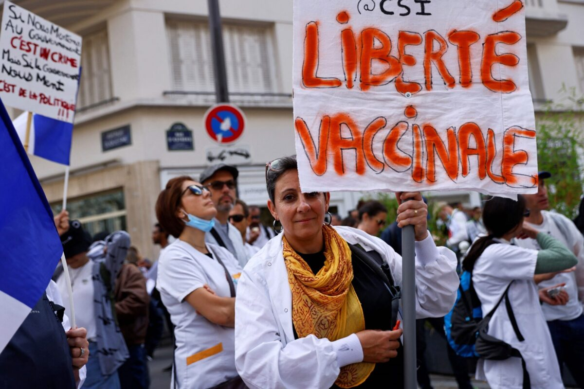 'Vaccination freedom' France