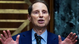 Senate Democrats Unveil Bill to Tax Stock Buybacks