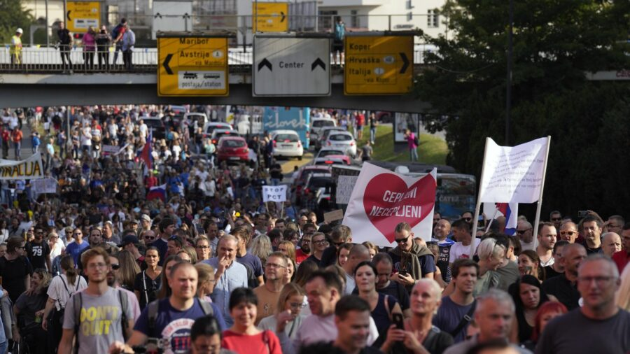 Slovenia Halts J&J Vaccine After Young Woman's Death; Mass Protest Erupts in Capital