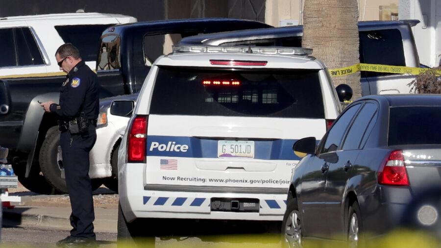 Arizona Police Recruiting in Washington State Days After Vaccine Mandate