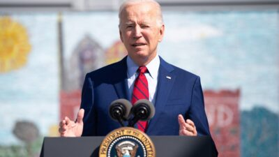 Facts Matter (Sept. 8): 19 Governors and 2 Attorney Generals Resist Biden's Vaccine Mandates