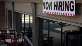 Restaurant Jobs Hard to Fill in the US During Pandemic