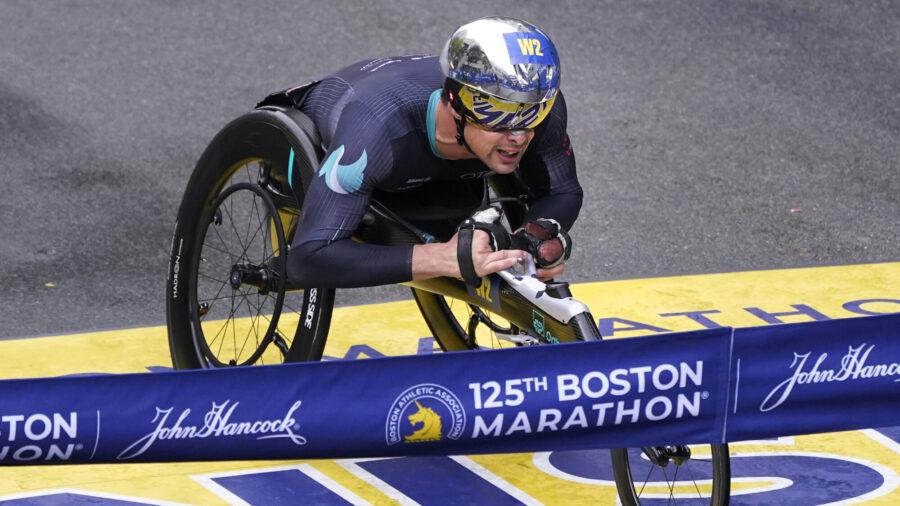 Boston Marathon Men's Wheelchair Champ Has Costly Wrong Turn