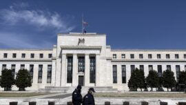 Federal Reserve: Businesses Say Vaccine Mandates Are Hurting Employment