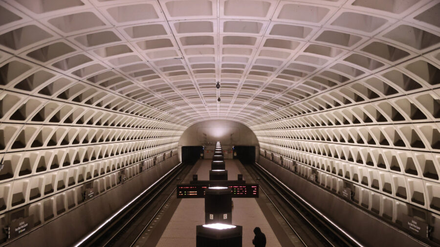 DC Halts Metro Trains Over Safety Issue