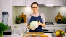 The Health Benefits of Sauerkraut and How to Make It