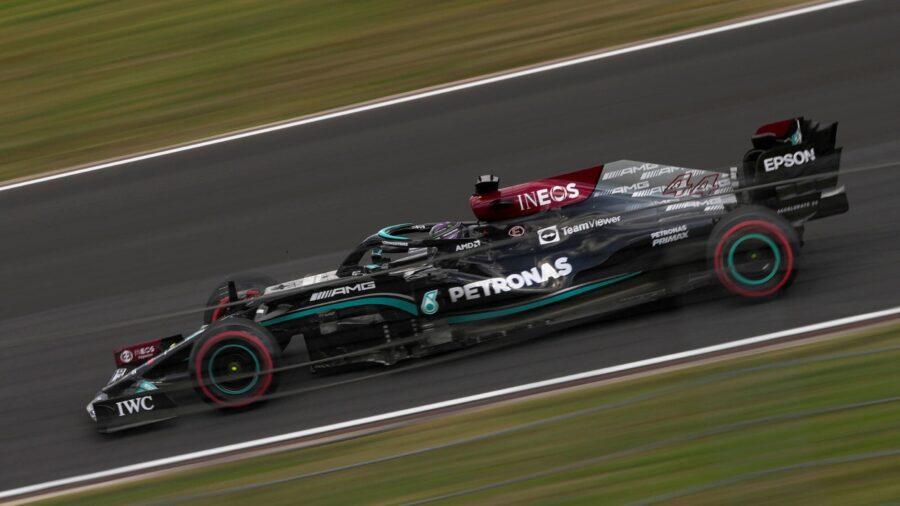 Hamilton Leads From Verstappen in 1st Turkish GP Practice