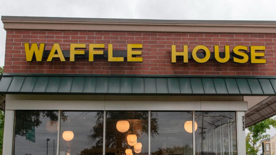 1 Killed, 4 Hurt in South Carolina Waffle House Shooting
