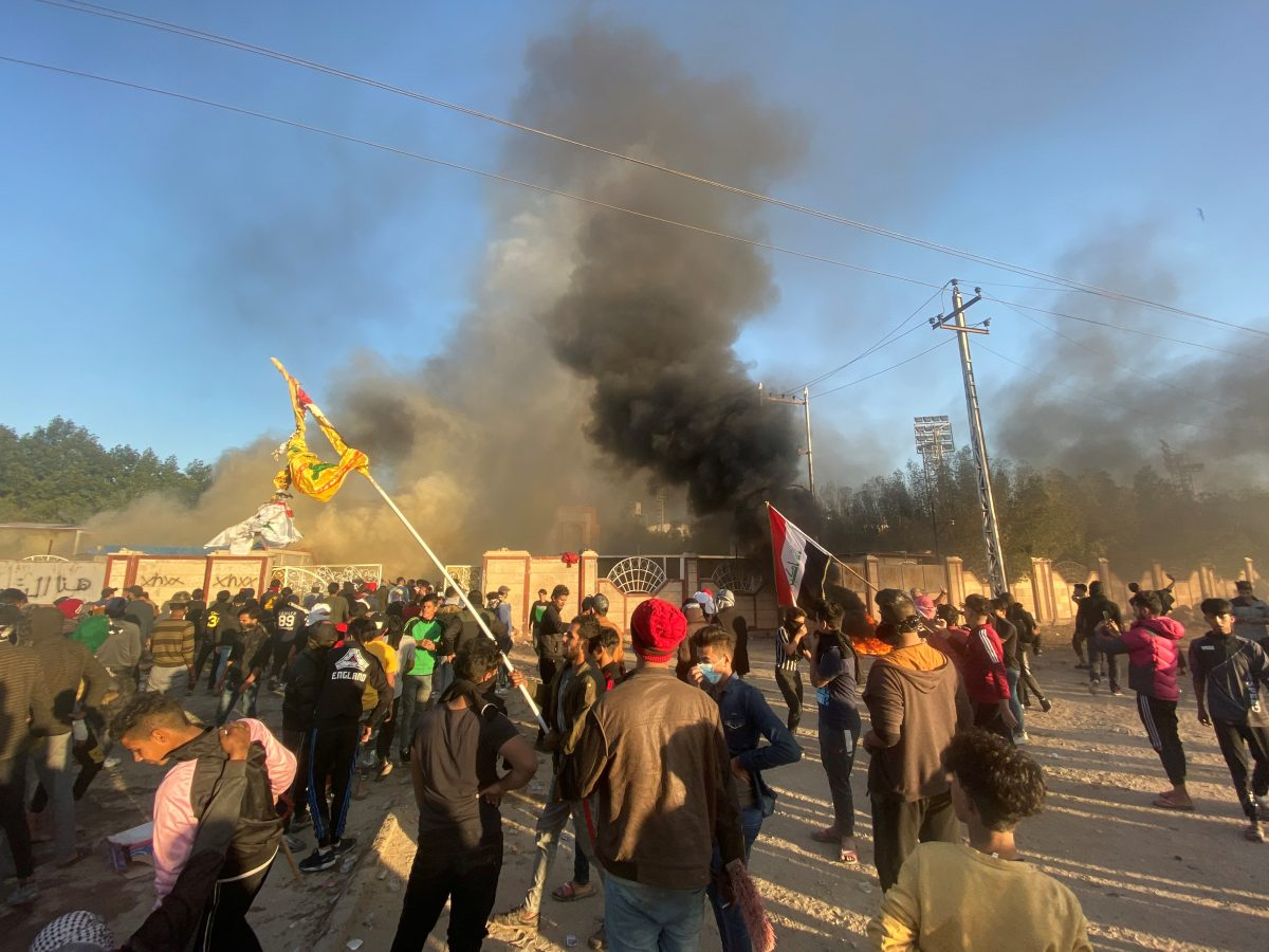 A headquarters building of Popular Mobilization Forces (Hashd al-Shaabi) burns after being torched by demonstrators during ongoing anti-government protests, in Nassiriya, Iraq January 5, 2020. (Stringer/Reuters)