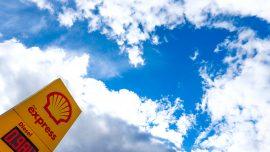 Shell Beats Estimates and Raises Dividends