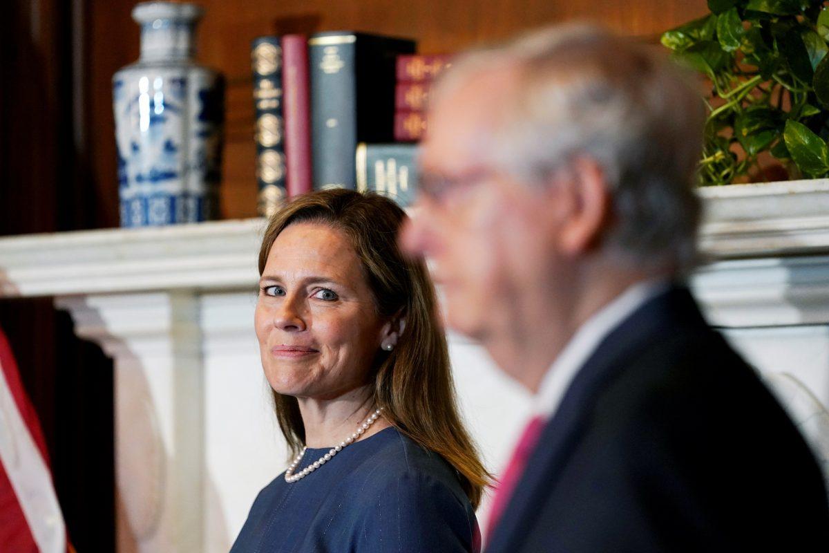 barrett meets with senators