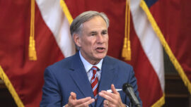 Texas Gov. Abbott Calls on Biden to Restore Trump's Immigration Policies