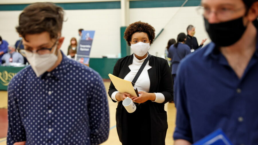 Weekly Jobless Claims at 14-month Low; Inflation Heating Up
