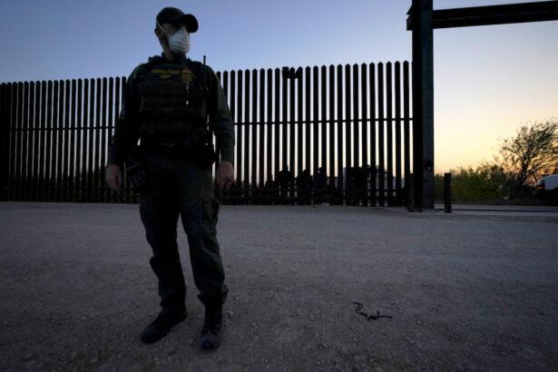 A U.S. border agent