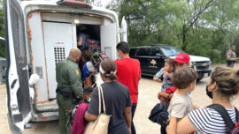 Texas Agents Apprehend 3 Large Groups of Illegal Immigrants