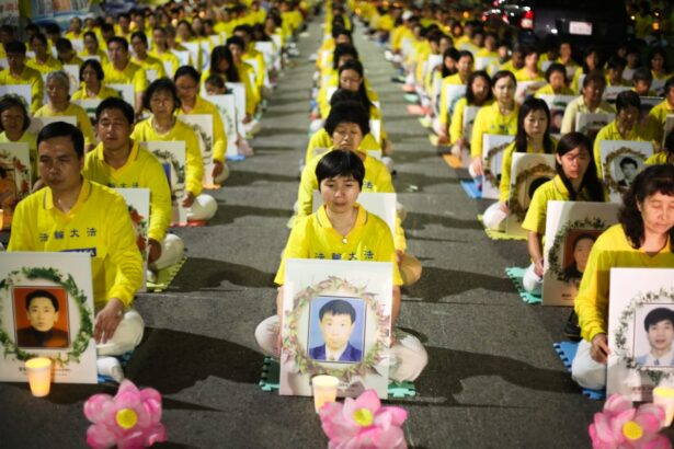 Falun-gong-practitioners-commemorate-victims-in-communist-china-1200x800