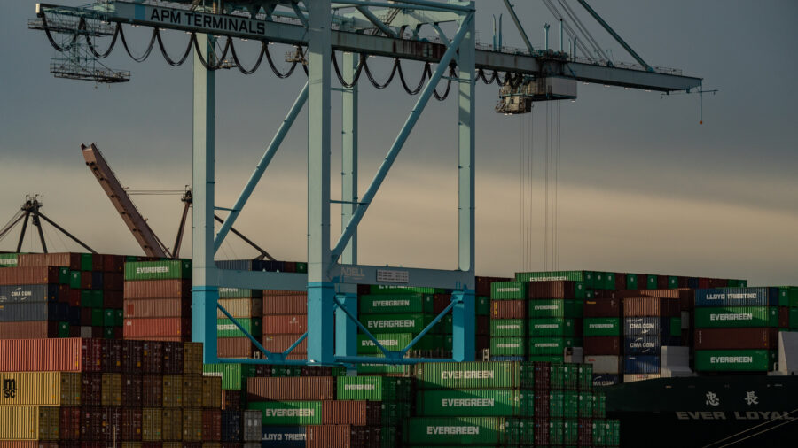 Biden: Port of LA to Open 24/7 to Ease Record Backlog